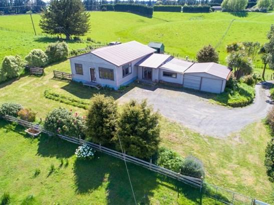 33 Levin Street, Halcombe, Manawatu - NZL (photo 1)