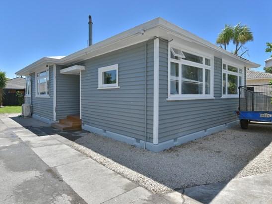 1/71 Shirley Road, Shirley, Christchurch City - NZL (photo 2)