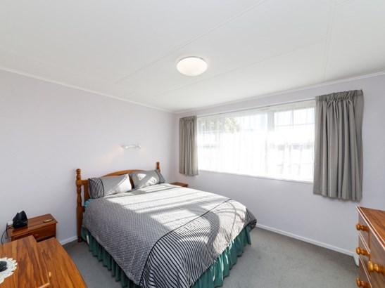 12 Haggitt Street, Feilding - NZL (photo 4)