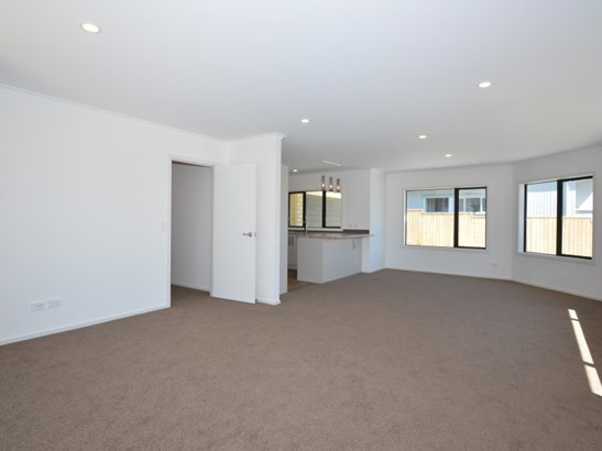 136b Cambridge Street, Levin, Horowhenua - NZL (photo 5)