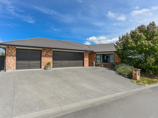7 Brooker Place, Waipukurau, Central Hawkes Bay - NZL (photo 2)