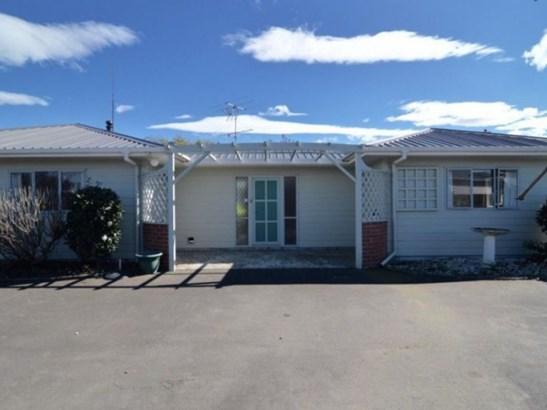 76 Pembroke Street, Carterton - NZL (photo 1)