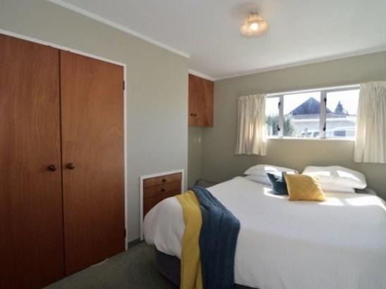 76 Pembroke Street, Carterton - NZL (photo 5)