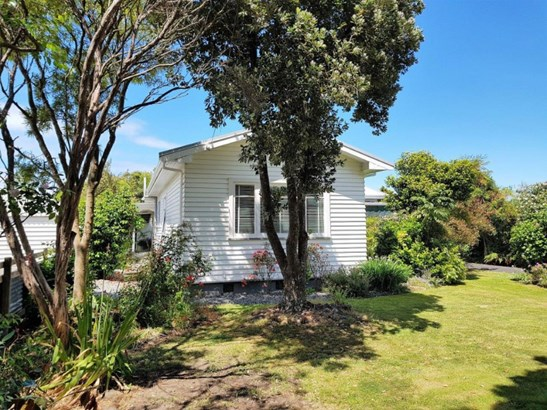 52 Somerville Street, Wairoa - NZL (photo 2)