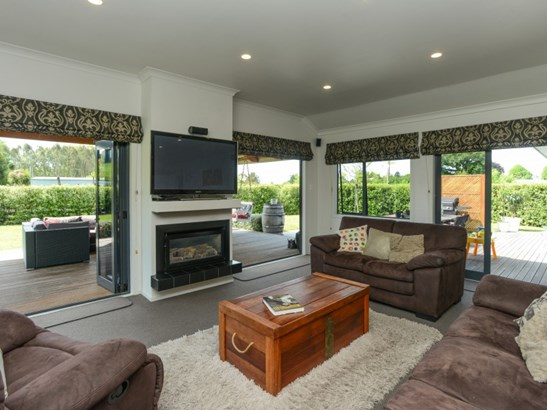 2 Rochfort Street, Otane, Central Hawkes Bay - NZL (photo 4)