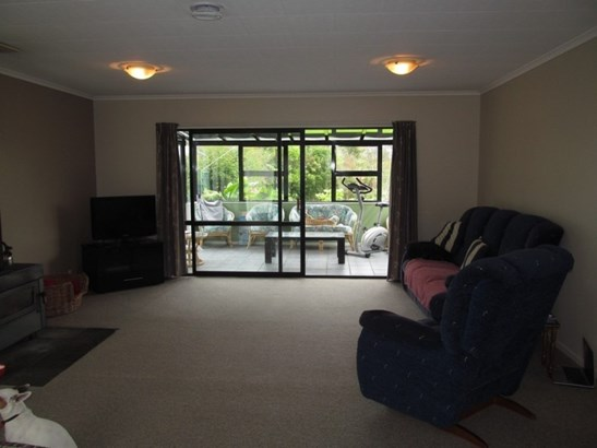 29 Neighbours Street, Waimangaroa, Buller - NZL (photo 4)