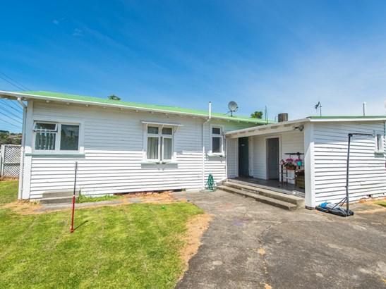 35 Broughton Street, Whanganui East, Whanganui - NZL (photo 2)