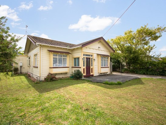 10 Fitzroy Street, Feilding - NZL (photo 2)