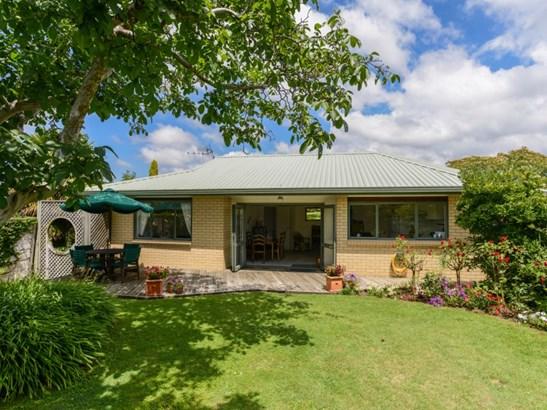 9a Holyrood Terrace, Waipukurau, Central Hawkes Bay - NZL (photo 1)