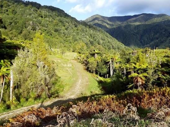 875 Umere Road, Karamea, Buller - NZL (photo 3)