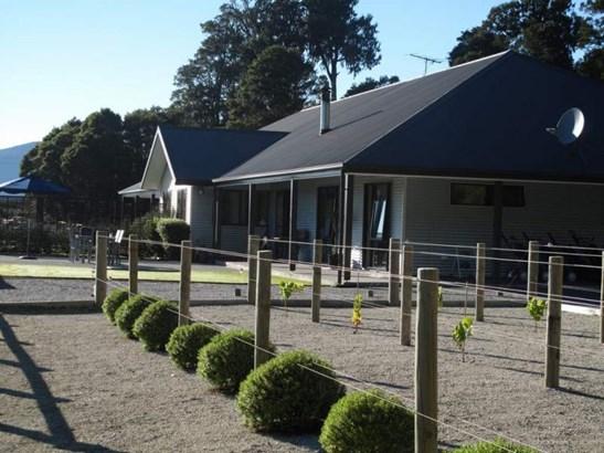 2046 Arnold Valley Road, Moana, Grey - NZL (photo 2)