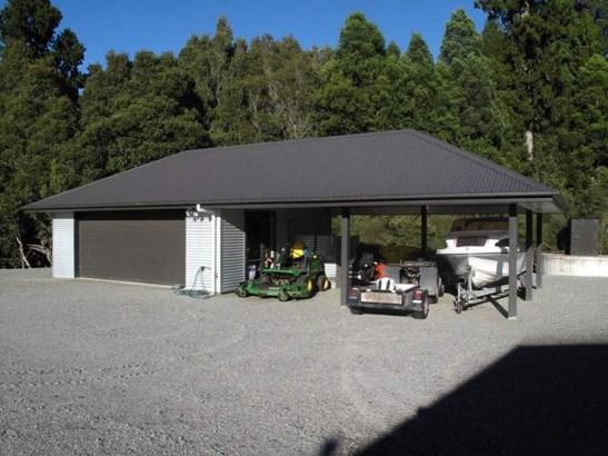 2046 Arnold Valley Road, Moana, Grey - NZL (photo 4)