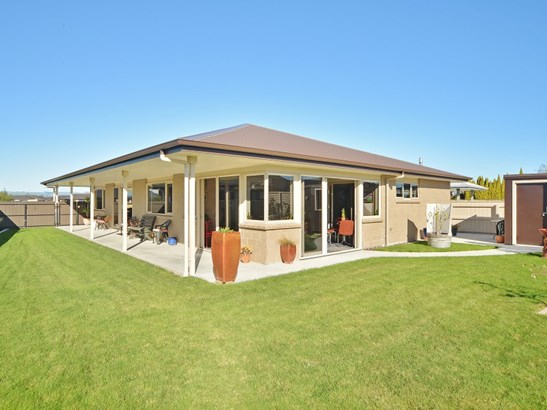 19 Austin Reid Avenue, Carterton - NZL (photo 1)