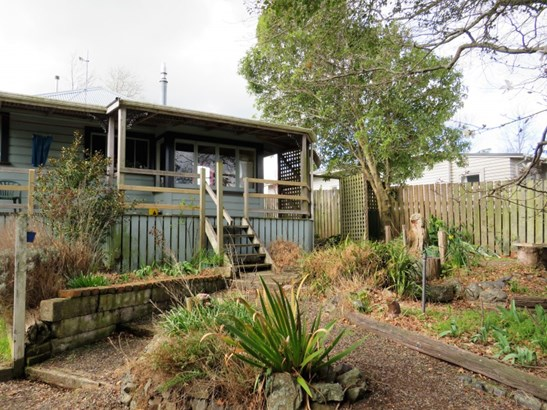 11 Edward Street , Dannevirke, Tararua - NZL (photo 3)