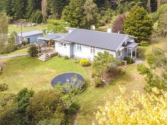 582 Ongo Road, Hunterville, Rangitikei - NZL (photo 2)