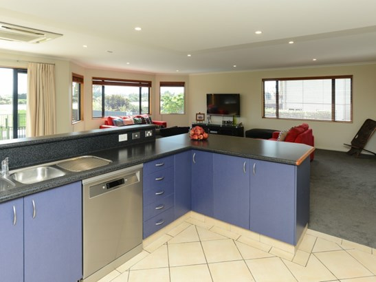 83 Ferry Road, Clive, Hastings - NZL (photo 3)