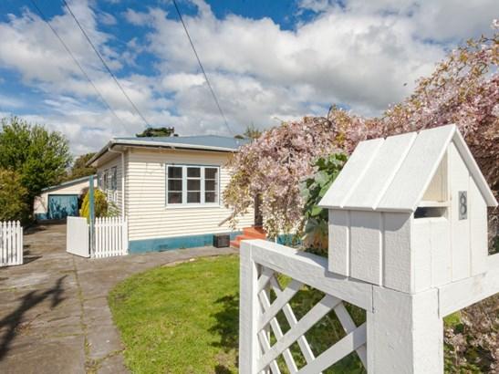 8 Birdwood Street, Featherston, South Wairarapa - NZL (photo 3)