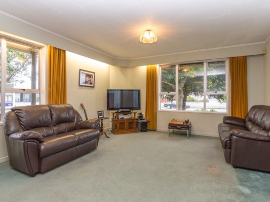298 Featherston Street, Central, Palmerston North - NZL (photo 2)