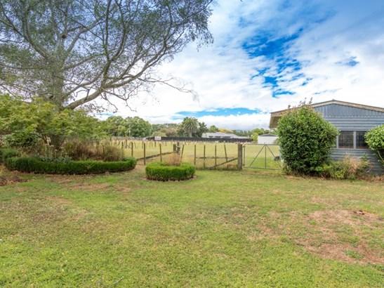 16 Te Wanaka Road, Awapuni, Palmerston North - NZL (photo 4)