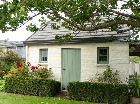 15 Jacaranda Place, Greenmeadows, Napier - NZL (photo 5)