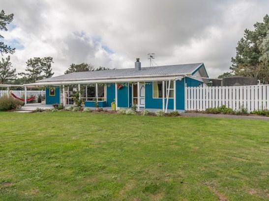 60 And 60a Sh1 Foxton, Foxton, Horowhenua - NZL (photo 5)