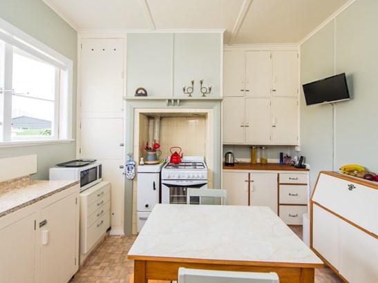 6 Clapham Place, Whanganui East, Whanganui - NZL (photo 2)