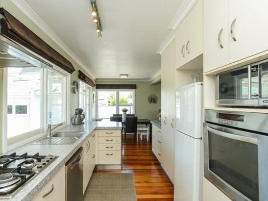 12 Trinity Crescent, Pirimai, Napier - NZL (photo 3)