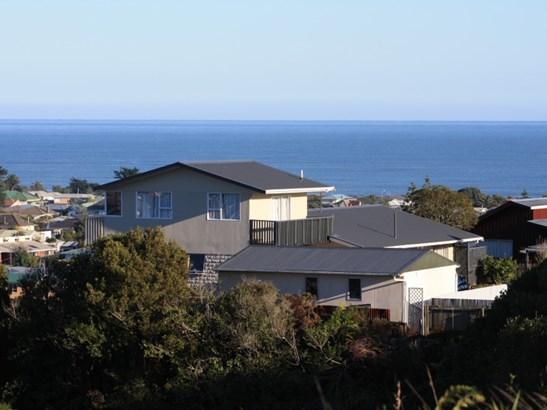 40 Bonar Drive, Hokitika, Westland - NZL (photo 2)