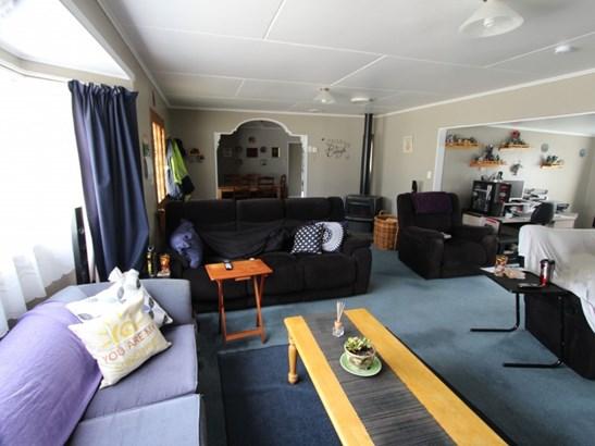 86 Huxley Street, Pahiatua, Tararua - NZL (photo 2)