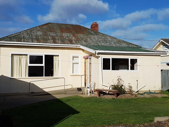 2 Moorhouse Street, Waimate - NZL (photo 1)