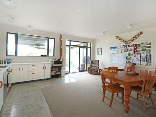 1414 Napier Road, Ashhurst - NZL (photo 2)
