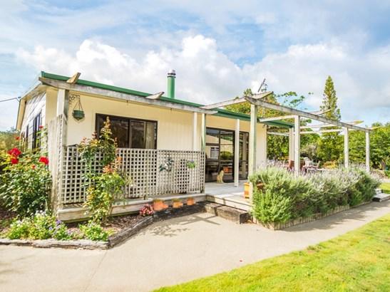 3 Ihupuku Street, Waitotara, South Taranaki - NZL (photo 1)