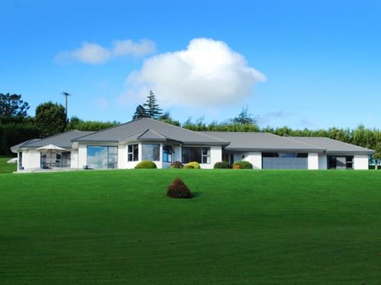 8 Milford Downs, Masterton - NZL (photo 1)