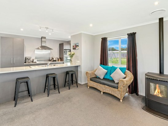 37 Marlowe Place, Rolleston, Selwyn - NZL (photo 2)