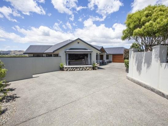 18 Johnstone Drive, Fitzherbert, Palmerston North - NZL (photo 1)