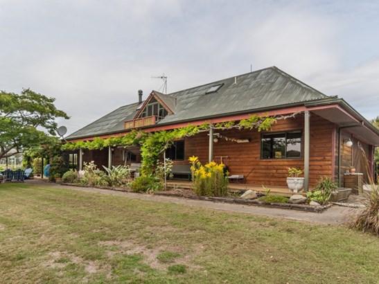 35 Rangiotu Road, Himatangi, Manawatu - NZL (photo 1)