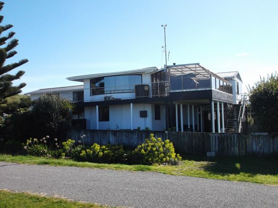 11 Makaramu Street, Porangahau, Central Hawkes Bay - NZL (photo 1)