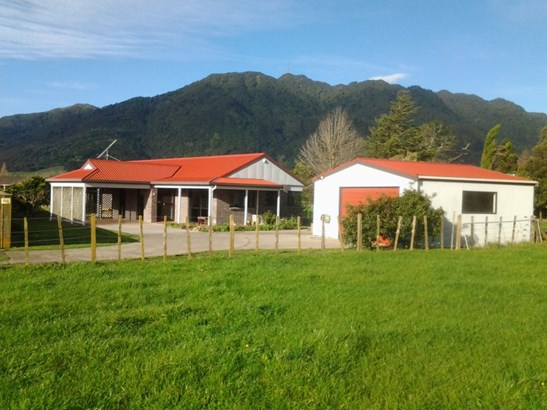 10 Ritchie Street, Te Aroha, Matamata-piako - NZL (photo 1)