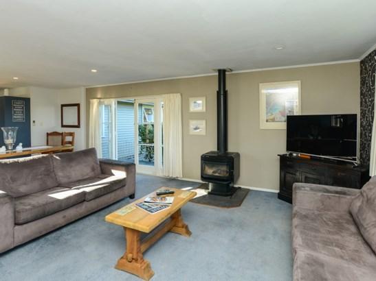 17 Palmerston Road, Havelock North, Hastings - NZL (photo 5)