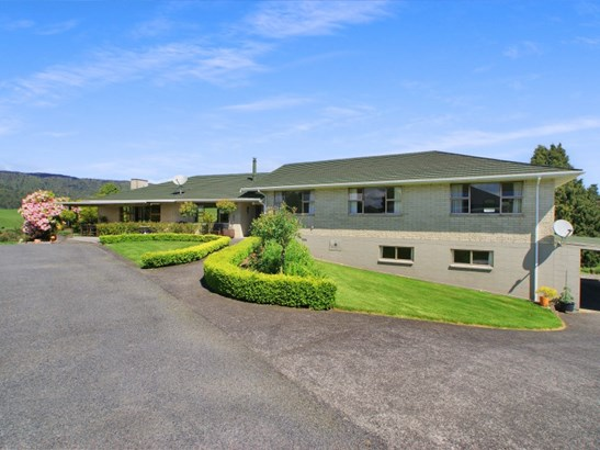 60 Bullians Road, Taumarunui, Ruapehu - NZL (photo 2)