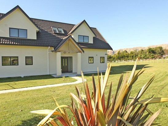 106 Potts Road, Levin, Horowhenua - NZL (photo 2)