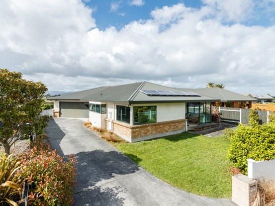 27 Strachan Way, Parkwest, Palmerston North - NZL (photo 1)