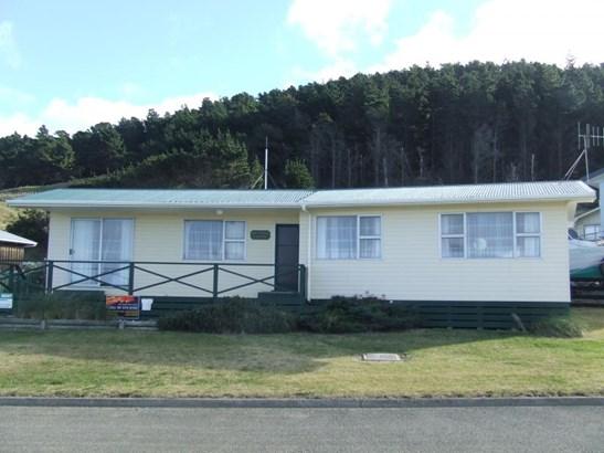 - Akitio Esplanade, Akitio, Tararua - NZL (photo 1)
