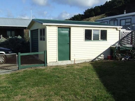 - Akitio Esplanade, Akitio, Tararua - NZL (photo 5)