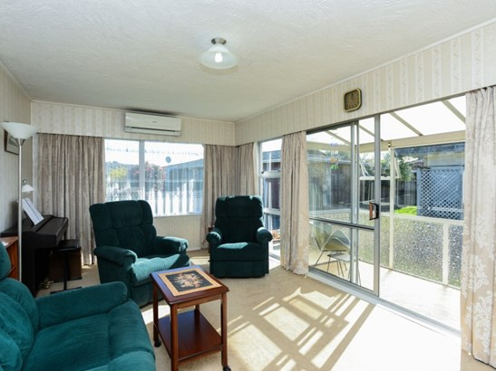 2/3 Murphy Road, Taradale, Napier - NZL (photo 2)