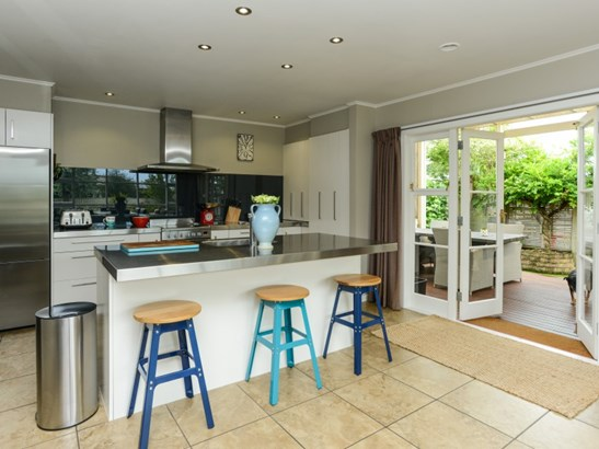 204 St Leonards Avenue, St Leonards, Hastings - NZL (photo 2)