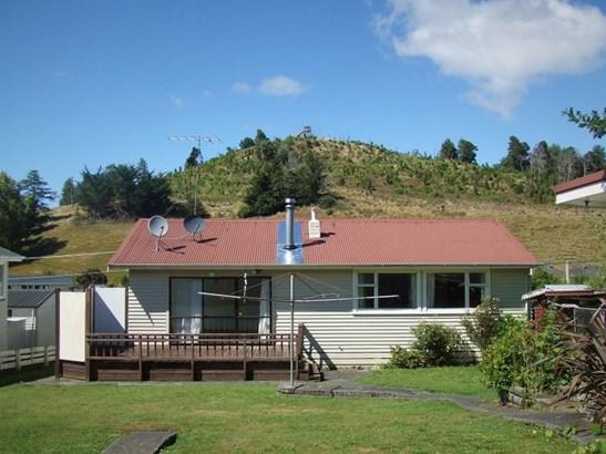 55 Goldfinch Street, Taihape, Rangitikei - NZL (photo 2)