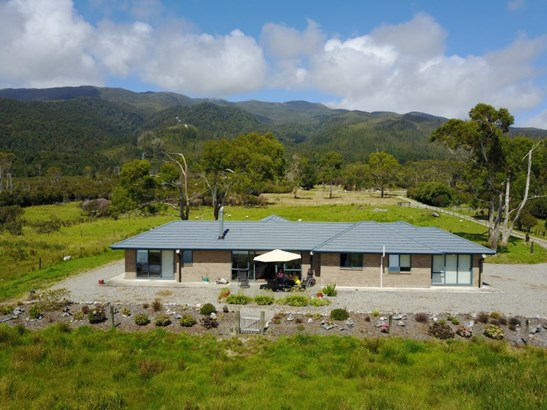11/133 Powerhouse Road, Westport, Buller - NZL (photo 1)