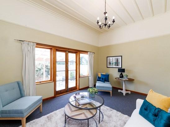 12 Rosalie Terrace, Kelvin Grove, Palmerston North - NZL (photo 3)