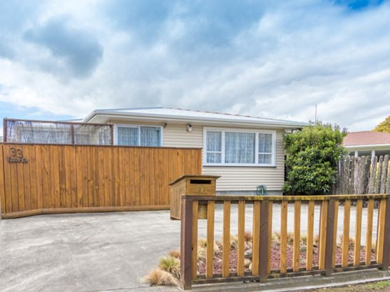 33 Karamea Crescent, Kelvin Grove, Palmerston North - NZL (photo 1)